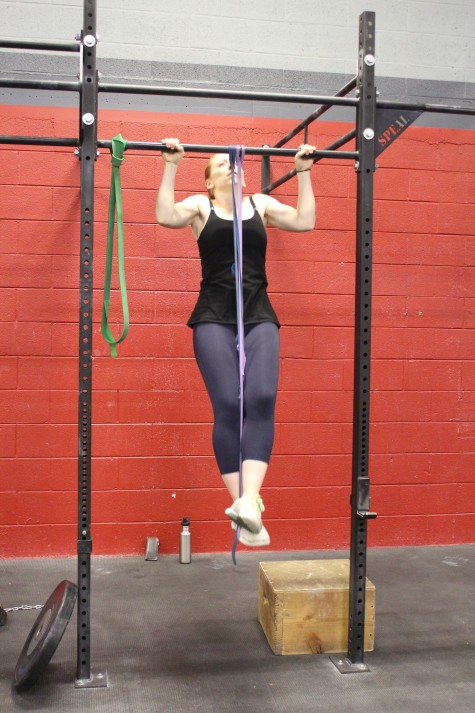 Leah is back at Verve and working on her pull-ups a little less than 2 months after having her baby. Welcome back!!